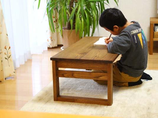 【みんなの愛用品】我が家の家族全員が愛用する机の話