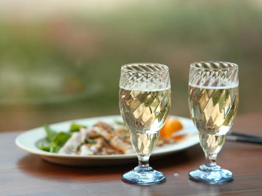 ホームパーティーにおすすめ!雰囲気を盛り上げるテーブルアイテム