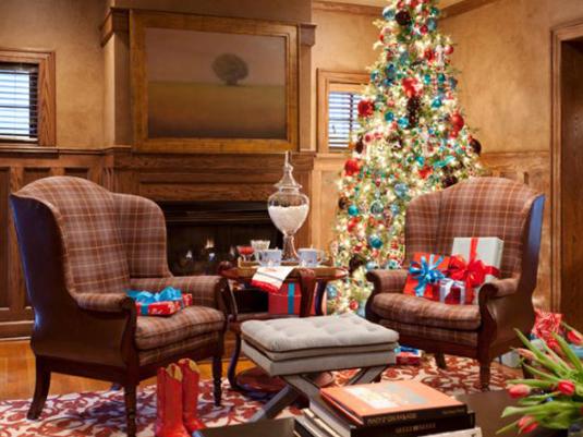 個性をアピール。クリスマスツリーのデコレーションアイデア10選