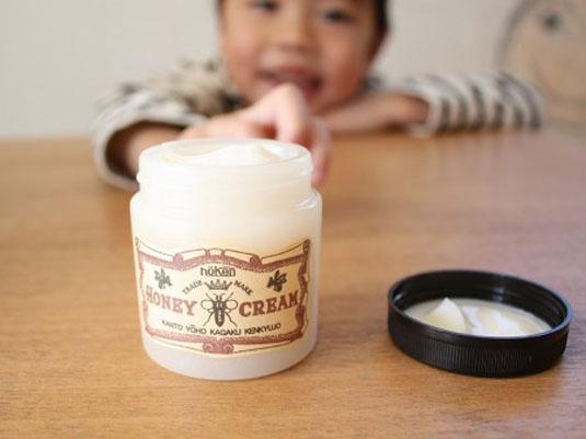 6歳の息子が塗りたくったシェイビングクリーム