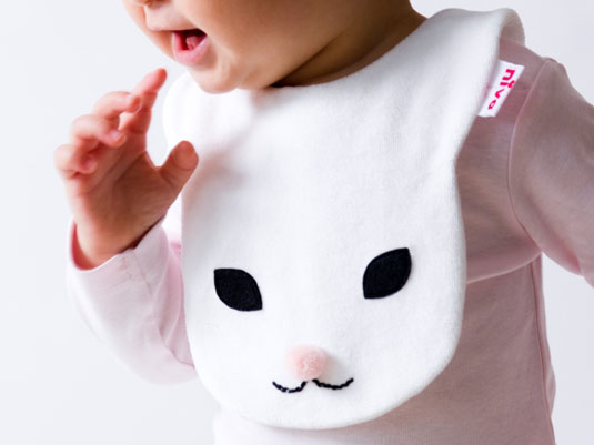 赤ちゃんのドレスコード【nivaのスタイ】でおしゃれにキメよう