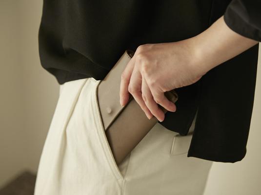 前ポケットに入る長財布「うすめ」、私の使い方