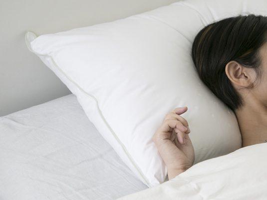 理想的な睡眠を叶えてくれる、寝心地の良い枕の選び方