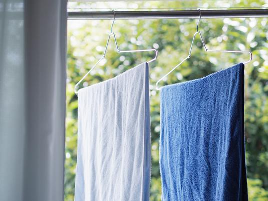 室内干しが増える季節「早く乾かす」ためのおすすめアイテム4選