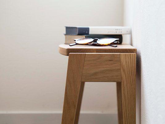 あると便利!「ちょっとしたサブテーブル」で空間の快適度をあげる