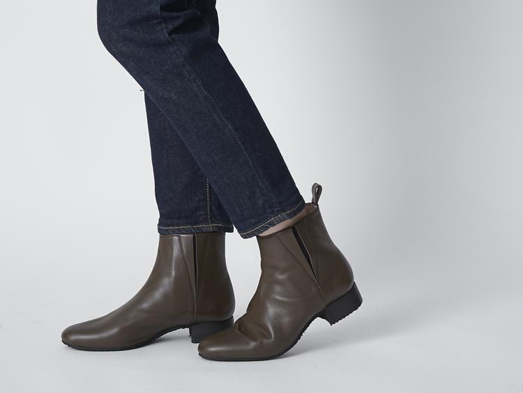 長時間歩いても疲れなし!長く大切に履き続けたいショートブーツ